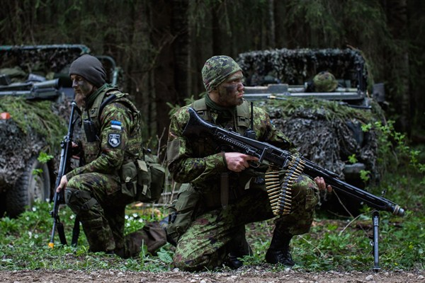 U S Prepares To Arm Eastern Europe But Nato Remains Divided