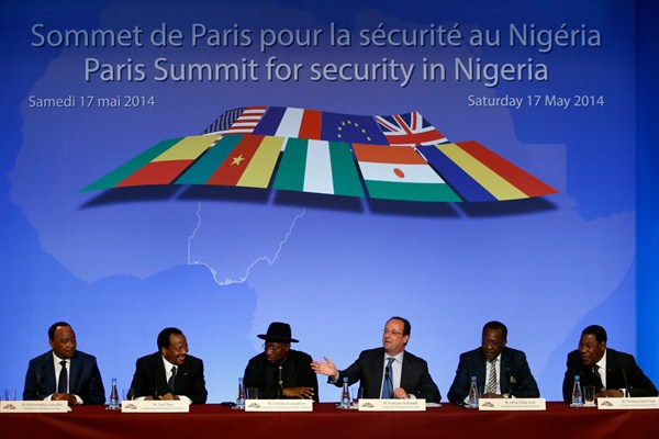 Under Hollande, Old Ills Plague French Policy in Africa
