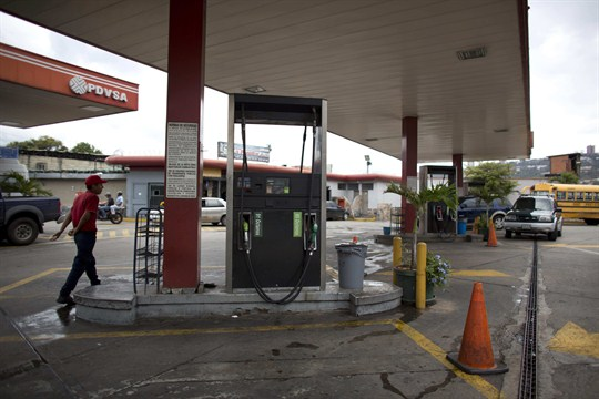 Oil prices are up, but in Venezuela, where the industry is struggling, there is no gas.