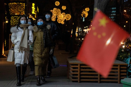 People wearing masks on New Year's Eve in Beijing