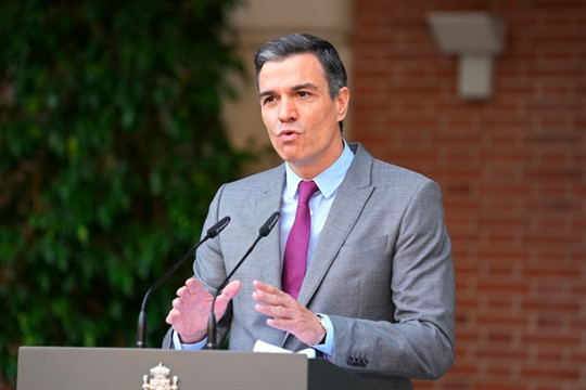 Spanish Prime Minister Pedro Sanchez delivers a statement at the Moncloa Palace in Madrid, Spain